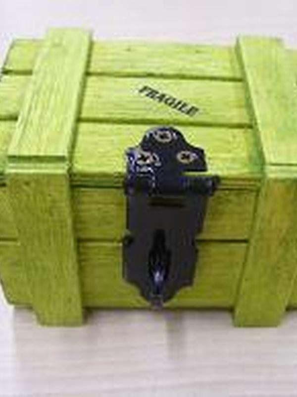 Fragile Houten Koffertje Fel Groen 5,5 x 8 cm