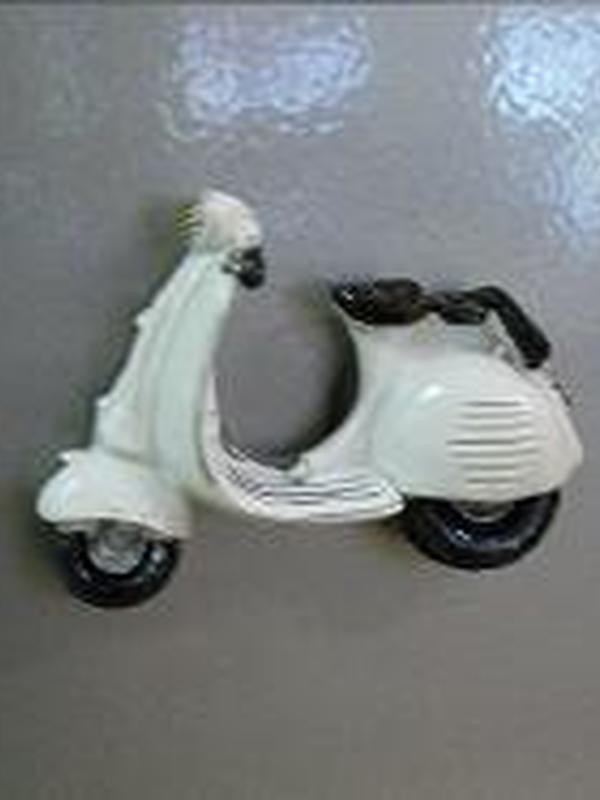 Vespa Scooter Magneet