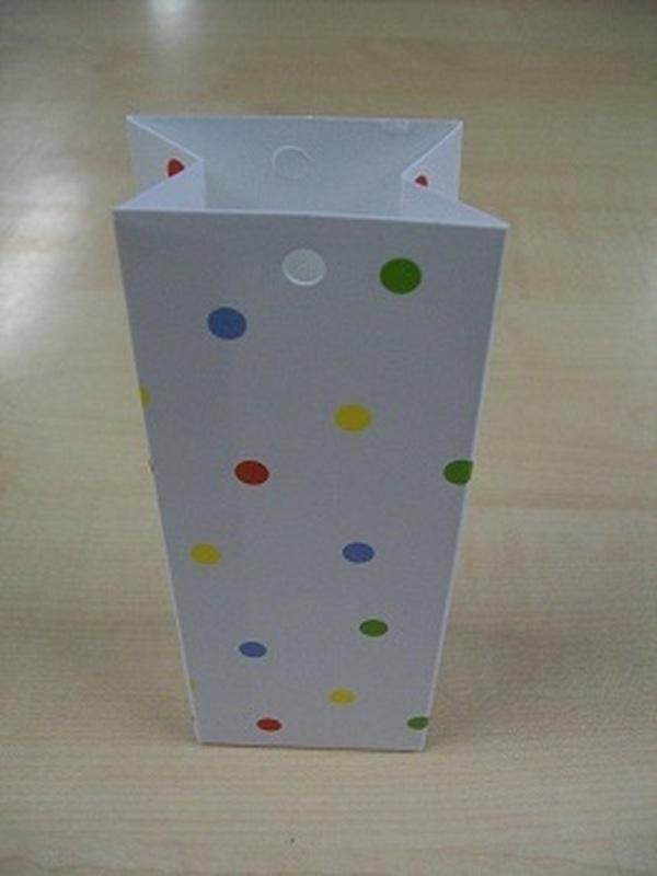 Karton Hoog zakje Wit met Gekleurde Stippen