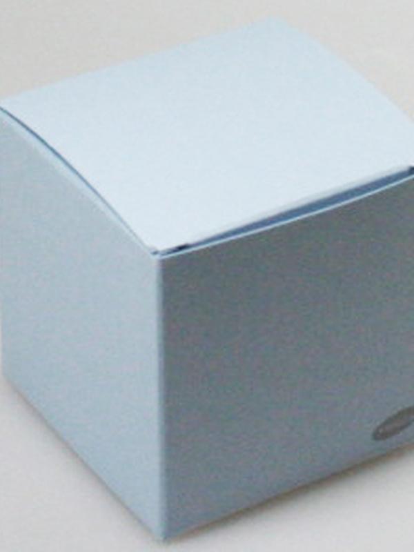 Karton Kubus Licht Blauw