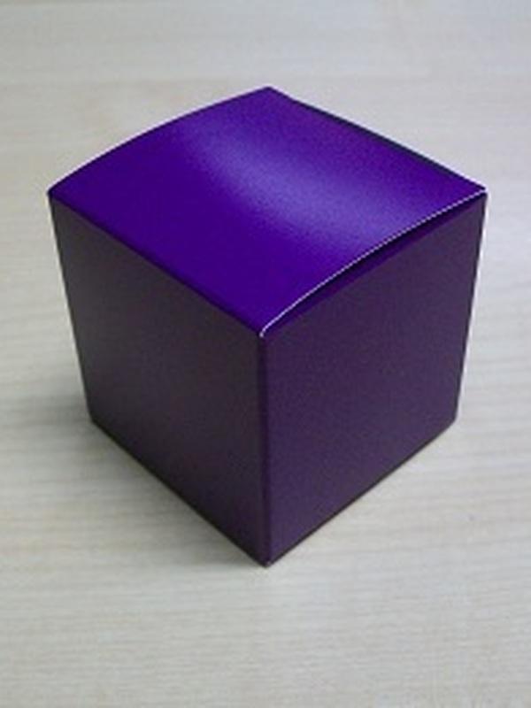 Karton kubus Paars