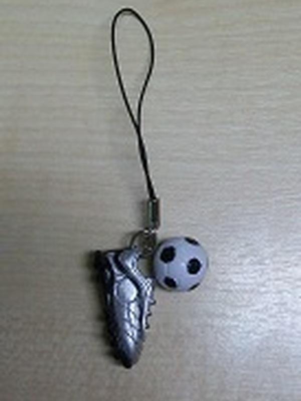 Voetbalschoen en Bal gsm hanger