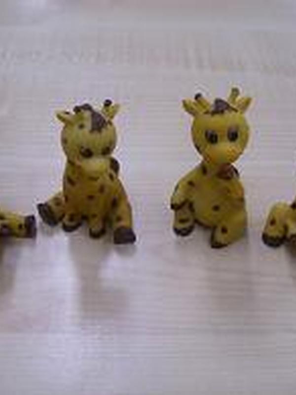 Giraf Porselijn met tut per stuk